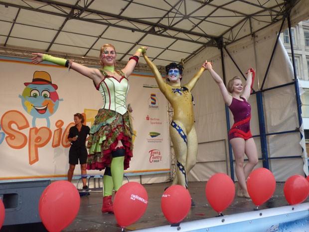 Bühnenshow Contraire on stage WeltSpieleFest Berlin 2017